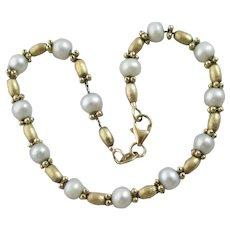 Pearl 9k Gold Bracelet Vintage c1980.