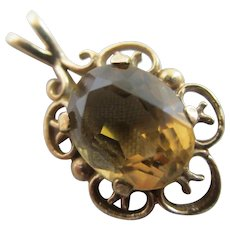English Citrine in 9k Gold Pendant Vintage 1977.