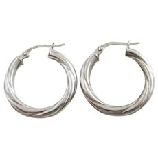 9k White Gold Sleeper Hoop Earrings Vintage c1980.