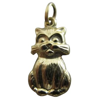 Cat Animal 9k Gold Pendant Charm Vintage c1970.