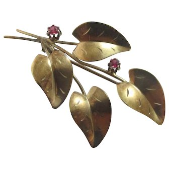 Ruby in 9k Gold Flower Brooch Pin Vintage Art Deco c1920 by FEULd.