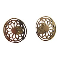 9k Gold Stud Earrings Vintage c1980.
