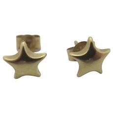 Star 9k Gold Stud Earrings Vintage c1980.