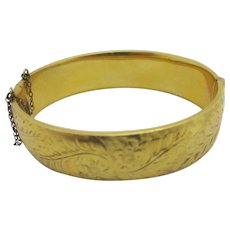 Forget Me Not Flower & Fern Leaf 9k Gold Metal Core Bangle Bracelet Vintage c1950.