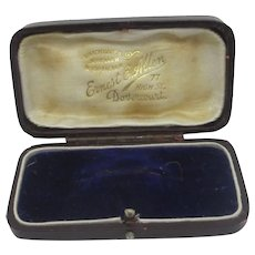 Burgandy Leatherette Brooch Pin Jewellery Box Antique Victorian c1900.
