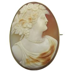 Shell Cameo Lady 9k Gold Brooch Pin Antique Victorian c1840.