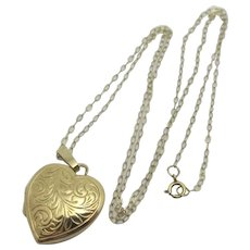 Heart Pendant Locket Necklace 9ct Gold Vintage English.