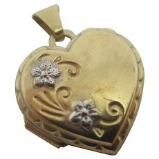 Forget Me Not 2 Colour 9k Gold Heart Pendant Locket Vintage c1980