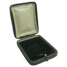 Green Leatherette Brooch Pin Pendant Necklace Jewellery Box Vintage Art Deco