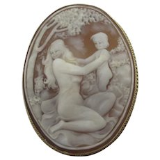 Mother & Child Shell Cameo 9k Gold Brooch Pin Vintage English 1986