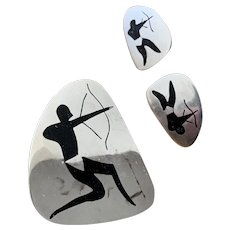 Los Ballesteros Archer Pin and Earring Set