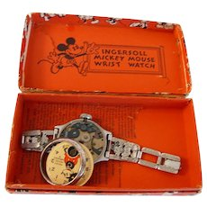 1930 vintage Mickey Mouse Watch w Original Box