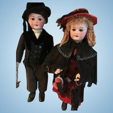 Two beautiful SFBJ dolls both fully original and in very good condition - 301.