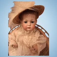 Lovely antique Kestner character doll with a closed mouth/Toddler body in marvelous condition - 2072