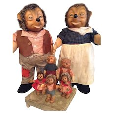 1950's Two large 21'' Steiff Mecki's and five small Mecki's