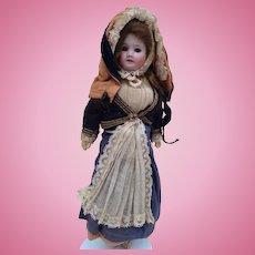 Early SFBJ doll with a closed mouth 23 SFBJ GO Paris