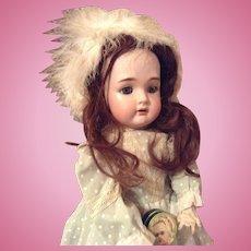 Lovely Simon & Halbig Kämmer & Reinhardt doll