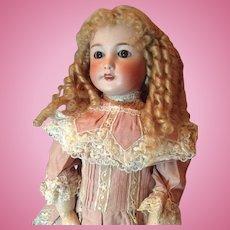 22,5'' Unis France doll mold number 301