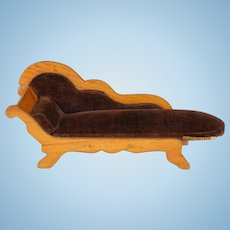 """Antique German Schneegas Dollhouse Chaise Lounge Fainting Couch – Late 1800s 1"""" Scale"""