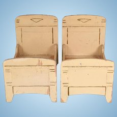 """Pair of Painted Wood Gottschalk Beds Small 1"""" Scale"""