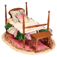 """German Dollhouse 4 Poster Bed, Bench and Rug 1910 - 1920s 1"""" Scale"""