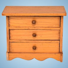 """German Dollhouse Chest of Drawers Early 1800s 1"""" Scale"""