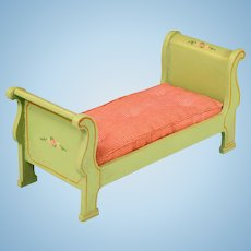 """Miniature Tynietoy Empire Sleigh Bed Green 1920s – 1930s 1"""" Scale"""