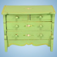 """Miniature Tynietoy Chest of Drawers Green Enamel 1920s – 1930s 1"""" Scale"""