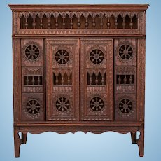 Miniature French Brittany Lit Clos – Breton Closet Bed Late 1800s – Early 1900s