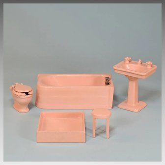 "5 Pc Arcade Pink Enamel Cast Iron Dollhouse Bathroom Set 1925 – 1936 Large 1"" Scale"