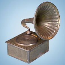 "English Cast Metal Dollhouse Gramophone 1"" Scale"
