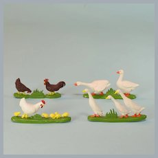 Britains Plastic Toy Farm Chickens and Geese 1:32 Scale 1980s