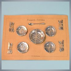 """Mint Set of 4 Dollhouse Place Settings on Original Cardstock US Zone Germany Late 1940s – Mid 1950s 1"""" Scale"""