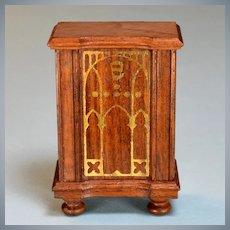 "Strombecker Dollhouse Floor Radio - Walnut 1936 1"" Scale"