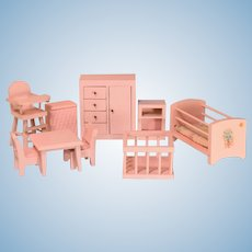 "Chestnut Hill Dollhouse Pink Nursery 1951 1"" Scale"
