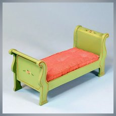 "Miniature Tynietoy Empire Sleigh Bed Green 1920s – 1930s Large 1"" Scale"