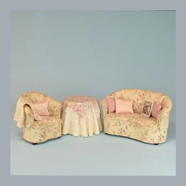 "Bespaq Dollhouse Miniature Cabriole Sofa and Chair Set 1990s 1"" Scale"