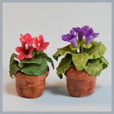 "Pair of Dollhouse Miniature Gloxinia Potted Plants 1990s 1"" Scale"