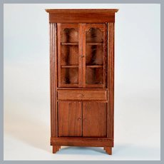 "Lynnfield Columbian Dollhouse Miniature Duncan Phyfe Corner Cupboard 1964 1"" Scale"