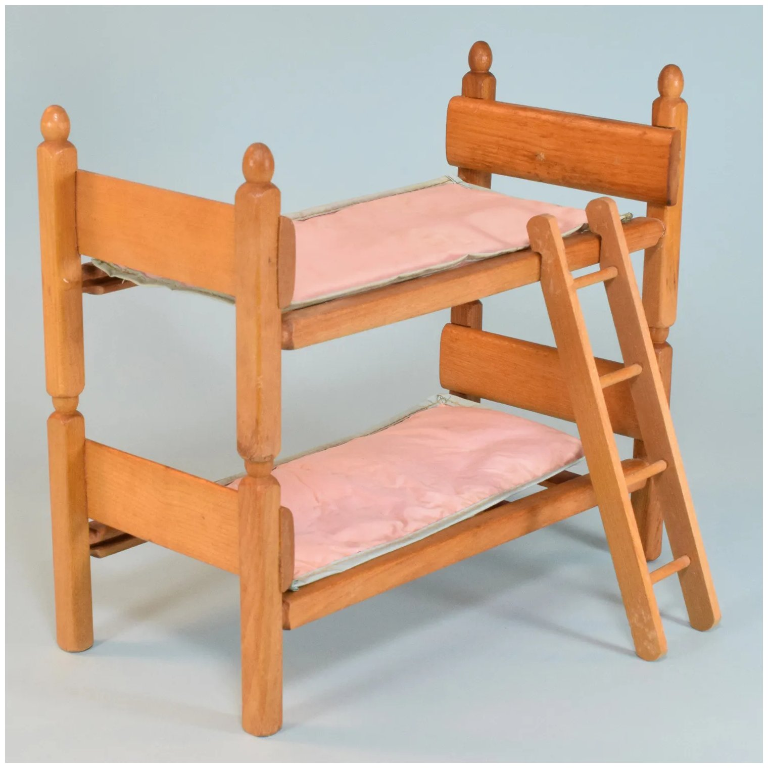 Picture of: Strombecker Blonde Wood Bunk Beds With Ladder And Original Mattresses Curley Creek Antiques Collectibles Ruby Lane