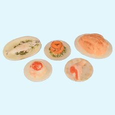 """Vintage Dollhouse Plastic Food on Plates 1"""" Scale"""