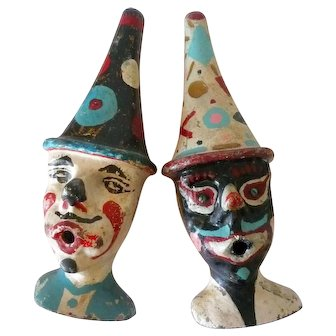 Pair of Cast Zinc Carnival Circus Clowns in Park Paint American