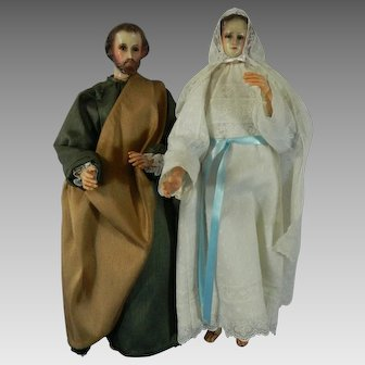 PAIR Vintage Hand Carved Wood Statues Figurines Virgin Mary & Saint Joseph Mexico