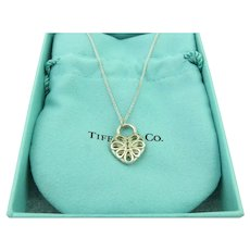 7659e779d Authentic TIFFANY & CO Sterling Silver Filigree Heart Key Hole Pendant  Necklace