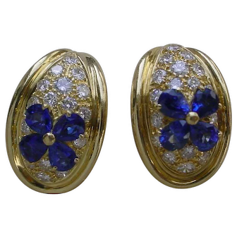 Gorgeous 18K Gold Diamond and Sapphire Earrings.