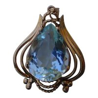Beautiful Aquamarine 11.8 Carat Pear In 18K Gold Pendant.
