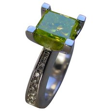 18K White Gold Ring With 2.0 Ct. Chartreuse Solitaire Diamond And Malee` White Diamonds