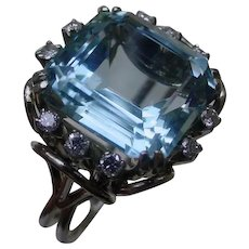 Italian Hand Constructed 18K White Gold Ring w/ 11 Carat Aquamarine & 8 Diamonds