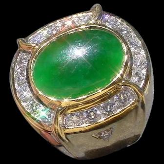 Beautiful Jadeite 4 Carats Set In 18K Gold Ring w/ 20 Diamonds