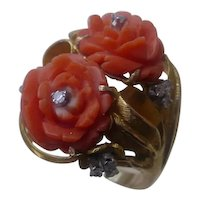Gorgeous 18K Gold Ring Set w/ Carved Rose In Coral & Diamonds.